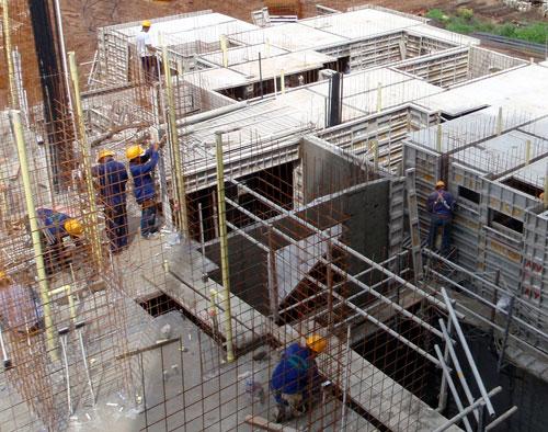 Building Construction Practices : Freeform biodegradable concrete form mould oils